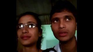 indian teen College boy & girl lipkiss in dhaba