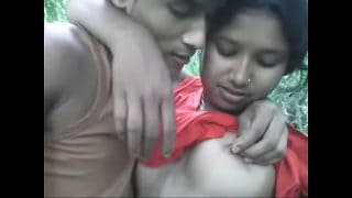Real Indian Young Bengali lover outdoor XXX Sex