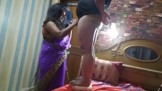 Indian Desi Bhabhi sucking dick and fucking mms sex