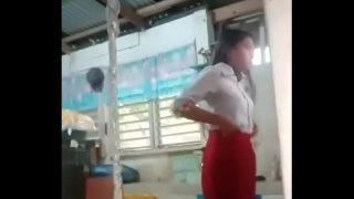 Indian teen schoolgirl fucked in class by teacher