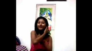 Indian xnxx Bengali Kolkata Desi Girl in 1st Time sex clip